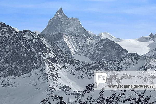 Das Matterhorn mit dem Tete blanched'herens und Monte Rosa