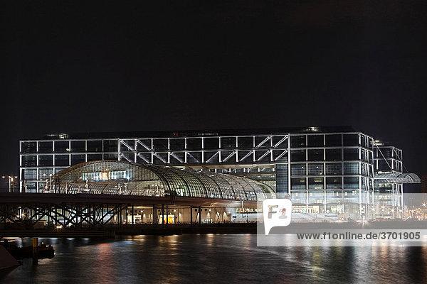 Berliner Hauptbahnhof  Rückseite  Berlin  Deutschland  Europa