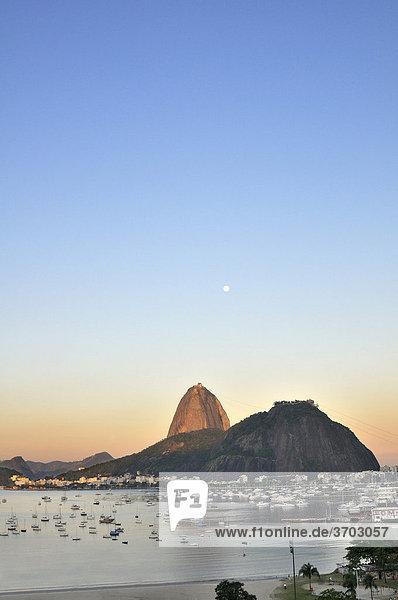 """Sugarloaf Mountain  P""""o de AÁ_car  Rio de Janeiro  Brazil  South America"""