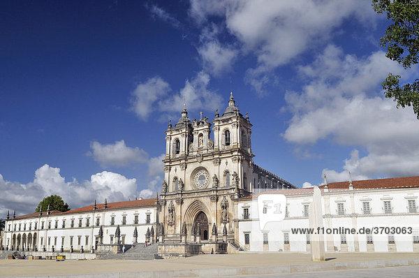 Church and monastery of Santa Maria in AlcobaÁa  Mosteiro de Santa Maria de AlcobaÁa  UNESCO World Heritage Site  Order of Cistercians  AlcobaÁa  Estremadura  Portugal  Europe