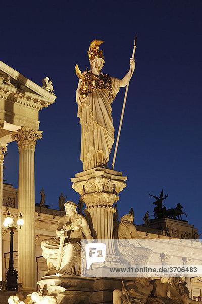Pallas Athene vor Parlament  Wien  Österreich  Europa