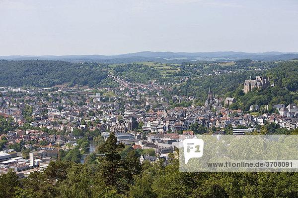 Blick auf Marburg an der Lahn  Marburg  Hessen  Deutschland  Europa