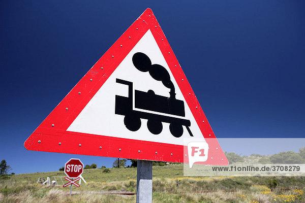 Zug  Bahnübergang  Zeichen  Grahamstown  Eastern Cape  Südafrika