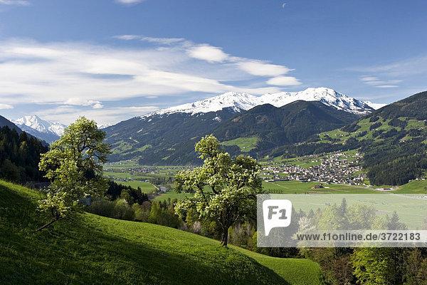 Zillertal mit Fügen Tirol Österreich