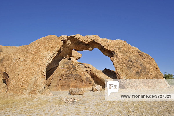 Rock Arch im Namib-Naukluft-Nationalpark  Namibia  Afrika