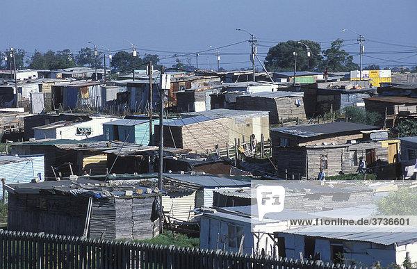 Hütten in der Township Nyanga  Baracken  Armut  Township  Kapstadt  Südafrika  Afrika