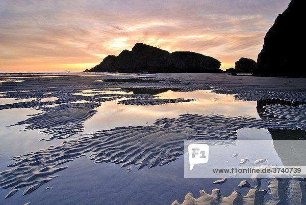 Sonnenuntergang am Meyers Creek Beach  Pistol River State Park  Oregon Küste  Oregon  USA