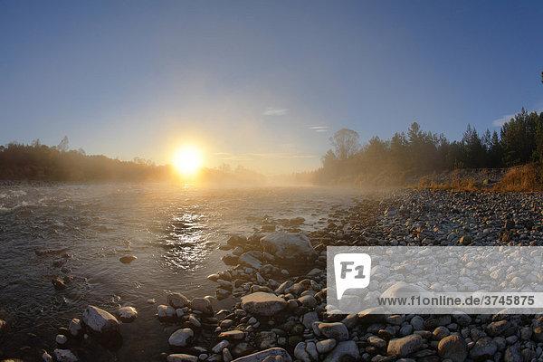 Sunrise on the Isar River near Wofratshausen  Upper Bavaria  Germany  Europe