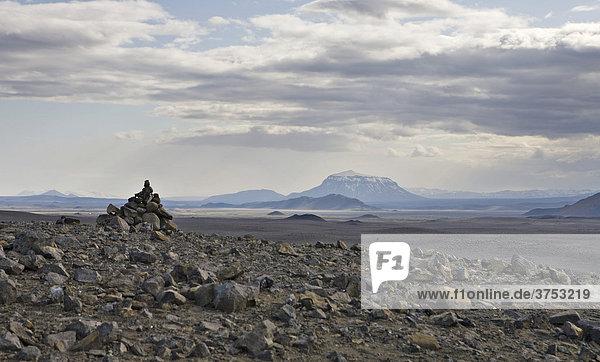 Her_ubrei_ volcano  northern Iceland  Iceland  Atlantic Ocean