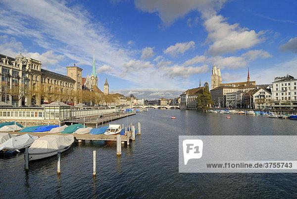 Zürich - Blick über den Limmatquai - Schweiz  Europa.