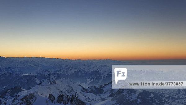 Sonnenuntergang über dem Alpsteingebirge - Schweiz  Europa.