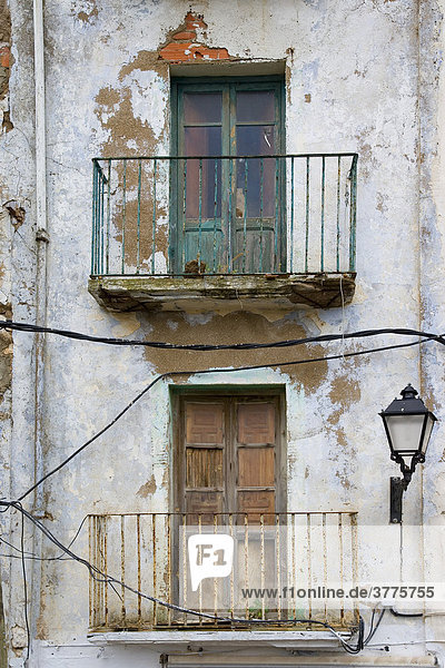 Ramshackled old house  Peniscola  Costa Azahar  Spain  Europe