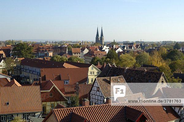 UNESCO-Welterbestätte Quedlinburg Deutschland  Sachsen-Anhalt Blick auf die Altstadt vom Burgberg