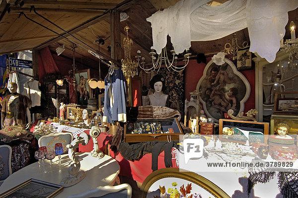Antiquitäten bei der Auer Dult München Bayern Deutschland