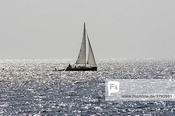 Segelschiff auf dem Atlantik Frankreich