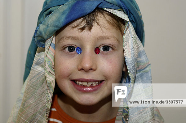 Eight-year-old child masquerading as sheik