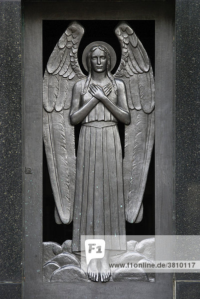 """Tomb with Angel at the graveyard ConceiÁ""""o in S""""o Paulo  Brazil"""