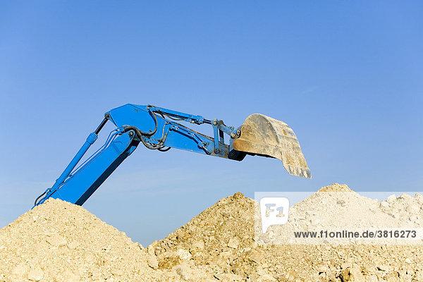 An excavator shovel