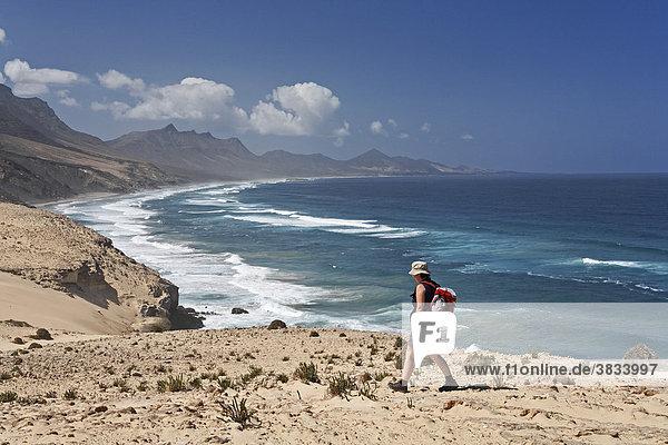 Wanderin in El Jable   Playa de Barlovento   Jandia   Fuerteventura   Kanarische Inseln