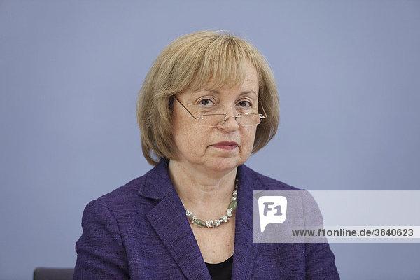 Maria Böhmer  Staatsministerin  Beauftragte für Migration  Flüchtlinge und Integration  in der Bundespressekonferenz  Berlin  Deutschland  Europa