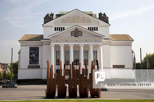 Theater Duisburg  Duisburg  Ruhrgebiet  Nordrhein-Westfalen  Deutschland  Europa