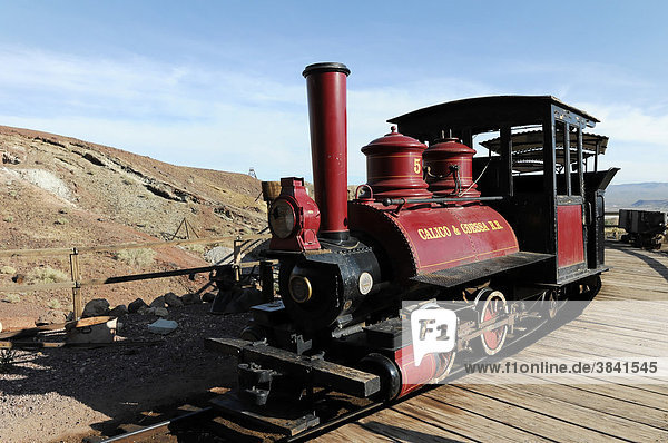 Lokomotive  Geisterstadt  Ghost town Calico  Yermo  California  USA  Nordamerika