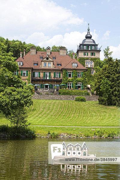 Schlosshotel Lerbach mit Entenhaus  Bergisch Gladbach  Bergisches Land  Nordrhein-Westfalen  Deutschland  Europa