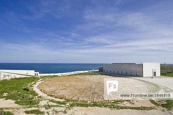 Windrose im Fortaleza de Sagres  Ponta de Sagres  Sagres  Algarve  Portugal  Europa