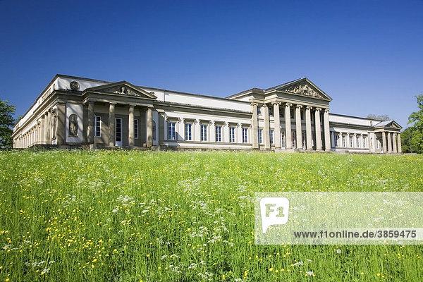 Schloss Rosenstein im Rosensteinpark  Stuttgart  Baden-Württemberg  Deutschland  Europa