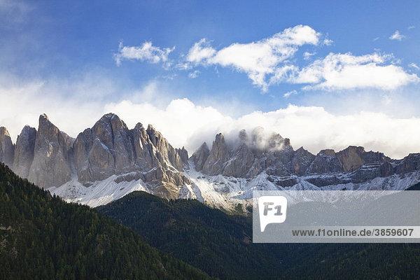 Geisler Gruppe  Villnöss Tal  Dolomiten  Trentino-Südtirol  Italien  Europa