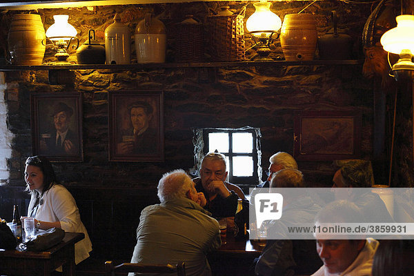 Durty Nelly's pub  Bunratty  County Clare  Ireland  British Isles  Europe