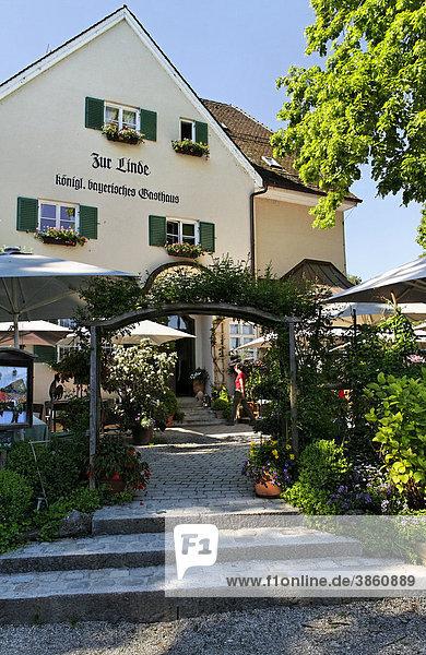 Restaurant Zur Linde  Fraueninsel  Chiemsee  Chiemgau  Oberbayern  Deutschland  Europa