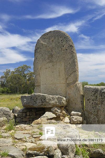 Prähistorische Hünengrab-Anlage Tomba di Gigante di Coddu Vecchju  Bronzezeit  1800 v.Chr.  Arzanchena  Sardinien  Italien  Europa