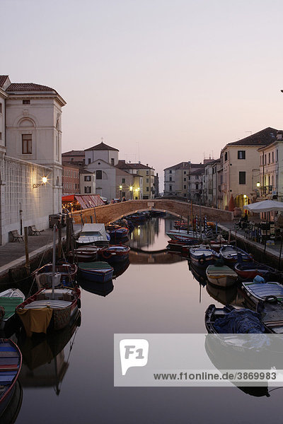 ambiance  ambient  architecture  atmosphere  atmospheric  boat  boats  Boats  bodies  body  bridge  bridges  building  buildings  canal  Canale  canals  Chioggia  cities  city  dusk  Europe  European  evening  exterior  exteriors  facade  facades  filled  front  fronts  full  house  houses  italian  Italy  Lagoon  mood  mood-filled  moods  nobody  of  on  outdoor  photo  photos  shot  shots  South  Southern  the  town  towns  twilight  Vena  Venetia  venetian  Veneto  water  waters