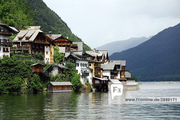Stadtansicht  Sicht auf Hallstatt am Hallstätter See  UNESCO-Welterbe  Salzkammergut  Alpen  Oberösterreich  Österreich  Europa