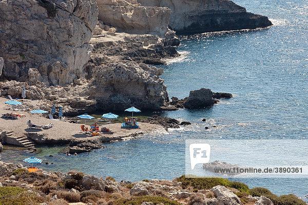 Badebucht nahe Kallithea  Insel Rhodos  Dodekanes  Griechenland  Europa
