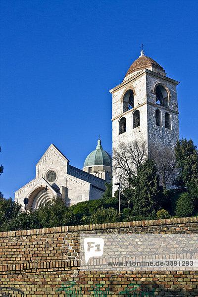 Kirche  Dom von San Ciriaco  romanische Architektur  Ancona  Marken  Italien  Europa