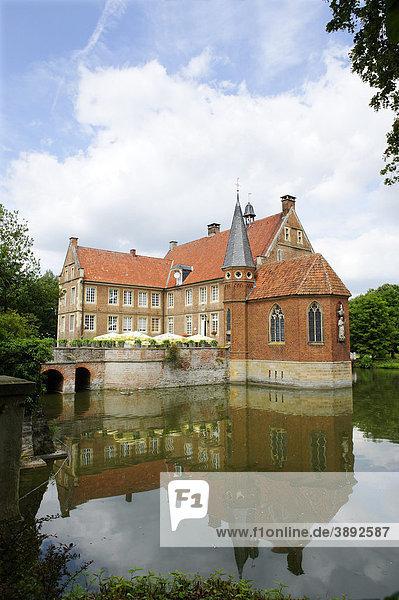 Burg Hülshoff  Havixbeck  Nordrhein-Westfalen  Deutschland  Europa