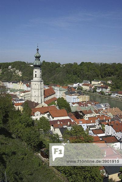 Blick über Burghausen  Bayern  Deutschland  Europa