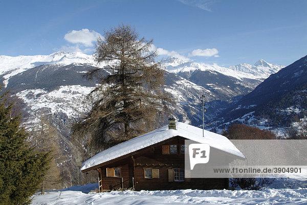 Chalet im Wallis  Les Masses  Heremence  Val d'Heremence  District d'Herens  Bezirk Herens  Ering  Wallis  Le Valais  Schweiz  Alpen  Europa