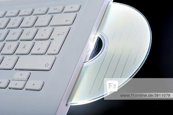Daten-CD in einem Notebook