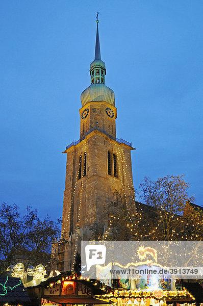 Reinoldikirche  Weihnachtsmarkt  Dortmund  Nordrhein-Westfalen  Deutschland  Europa Weihnachtsmarkt Reinoldikirche, Weihnachtsmarkt, Dortmund, Nordrhein-Westfalen, Deutschland, Europa,Weihnachtsmarkt
