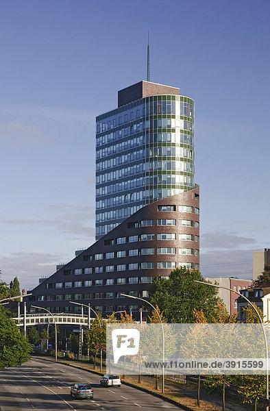 Modernes Bürogebäude Channel Tower  Channel Harburg  Harburger Hafen  Stadtteil Harburg  Hamburg  Deutschland  Europa