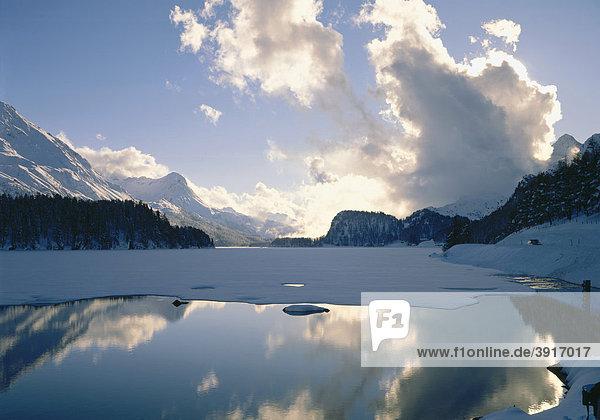 Abendlicht am Silser See  Engadin  Kanton Graubünden  Schweiz  Europa Kanton Graubünden