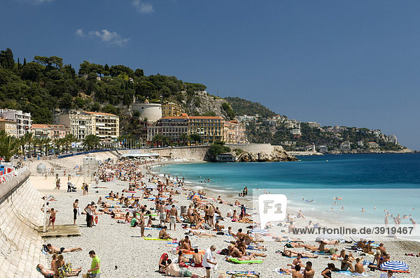 Beach in front of the castle mountain Colline du Chateau  Nice  Cote d'Azur  Provence  France  Europe