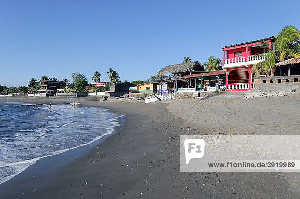 Strand bei Poneloya  Las Penitas  Leon  Nicaragua  Zentralamerika