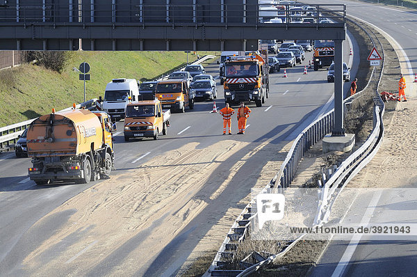 Cleaning-up operations after truck accident on the A 8 autobahn  Stuttgart  Baden-Wuerttemberg  Germany  Europe