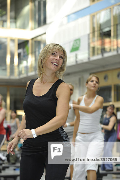Teilnehmerin der Aerobic Convention  SpOrt Stuttgart  Baden-Württemberg  Deutschland  Europa