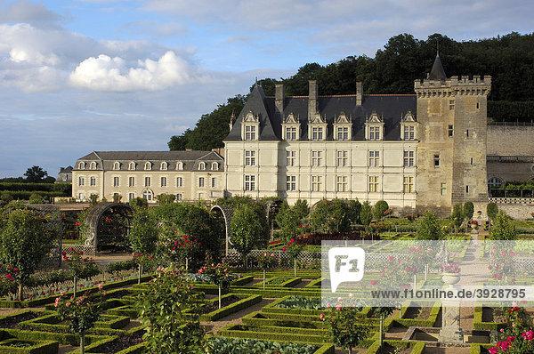 Schloss Villandry mit Gärten  Ch'teau de Villandry  Indre-et-Loire  Touraine  Loire Tal  Frankreich  Europa