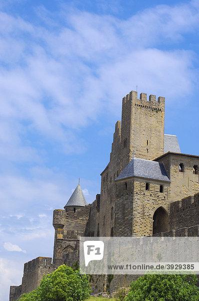 La CitÈ  mittelalterliche Festungsstadt  Carcassonne  Aude  Languedoc-Roussillon  Frankreich  Europa